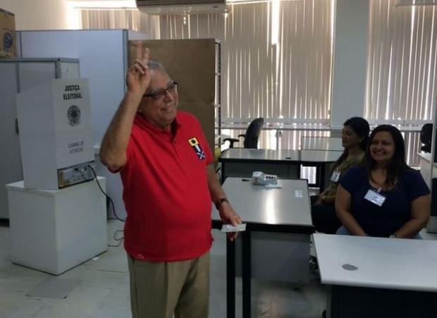 Amazonino é eleito governador do Amazonas em 2º turno